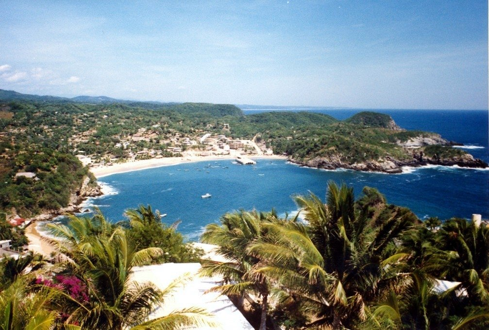 las 10 maravillas de mexico Puerto-escondido-blue