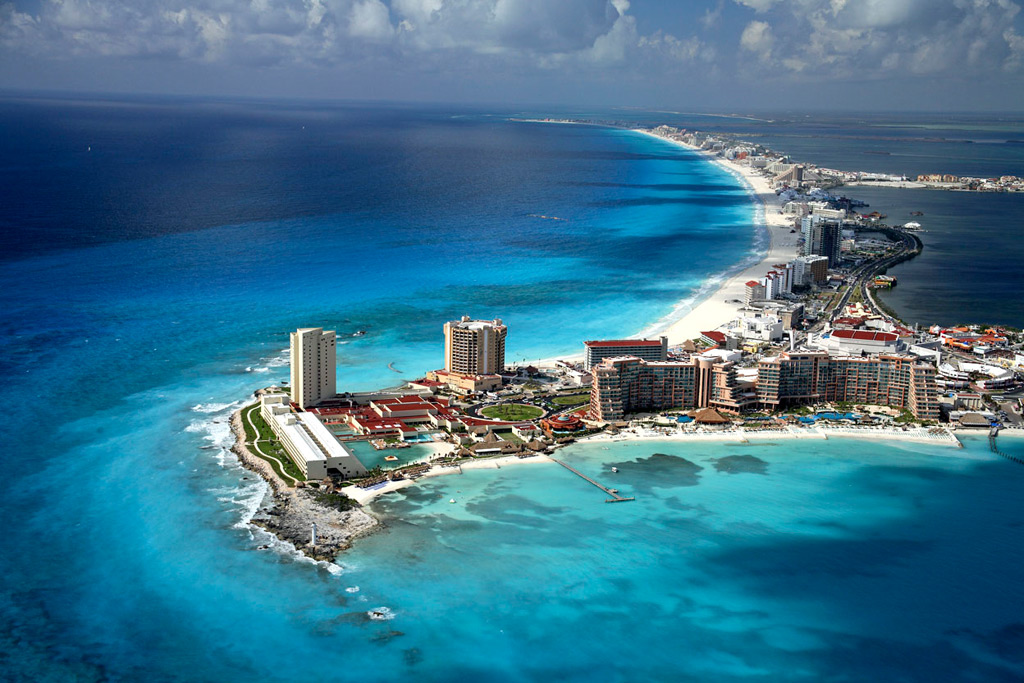 coastal-skyline-of-cancun_quintana-roo