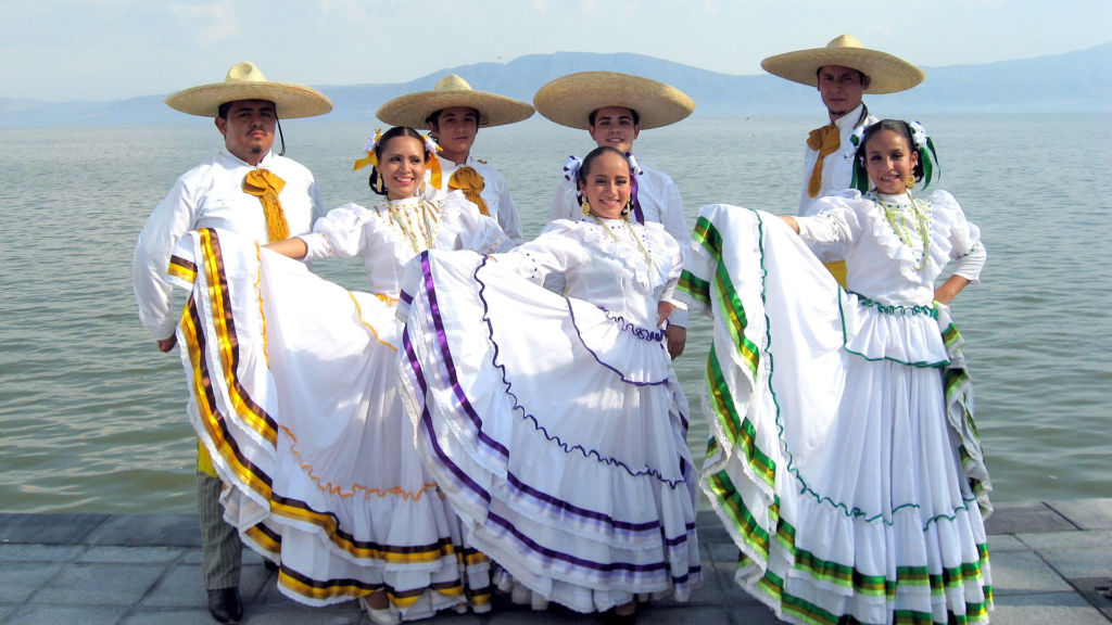 aguscaliente trajes tipicos